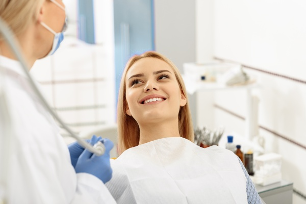 5 Tips For Choosing A Cosmetic Dentist - Care For You Dental