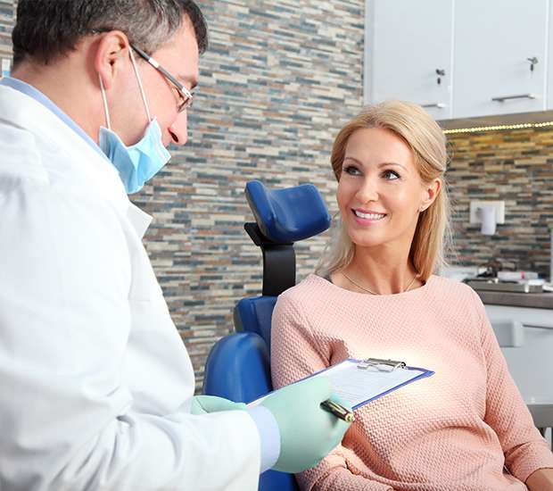 Las Vegas Questions to Ask at Your Dental Implants Consultation