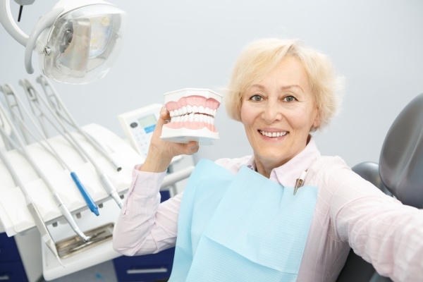 Things You Should Know About Dentures Right Now